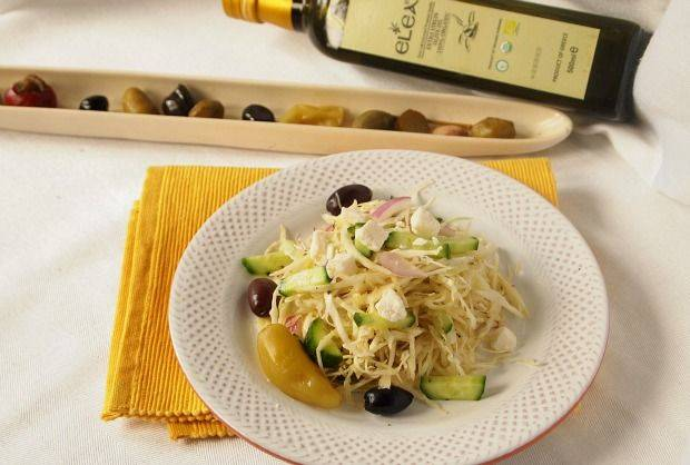 http://eleaoliveoil.com/_uimages/ELEA%20EVOO%20GREEK%20SLAW.jpg